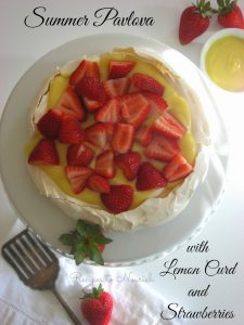 Summer-Pavlova-with-Homemade-Lemon-Curd-and-Strawberries