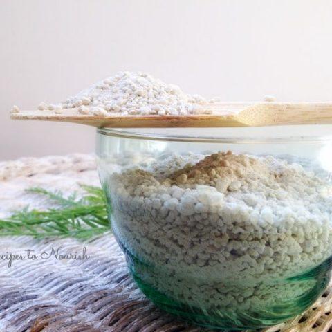 DIY Calming Detoxing Bath Salts