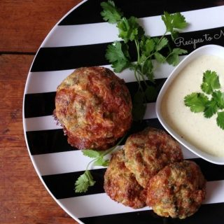 Broccoli fritters with creamy dipping sauce.