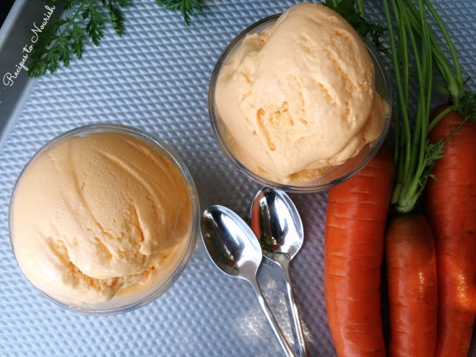 Carrot Cinnamon Frozen Yogurt ... refreshingly sweet + so simple. This real food frozen yogurt is absolutely delicious. | Recipes to Nourish