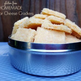 Homemade Cheddar Cheese Crackers – Gluten Free