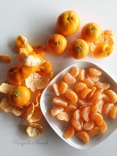Mandarin oranges and mandarin slices.