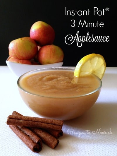 Applesauce with organic apples, lemon and cinnamon sticks.
