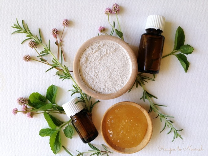 Easy Natural Clay Face Mask
