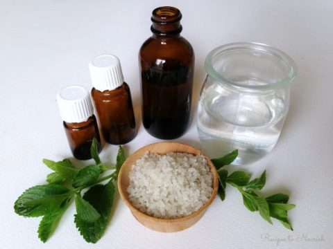 DIY Easy Homemade Herbal Mouthwash