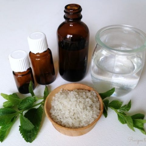 Easy Homemade Herbal Mouthwash