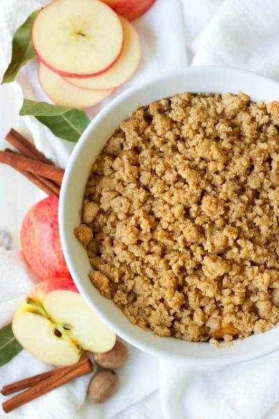 Instant Pot Paleo Apple Pear Fennel Crisp is the perfect fall treat or holiday dessert. This seasonal crisp is so easy to make and cooks quickly too! It's naturally sweetened, full of apple-spicy goodness and a hint of sweet orange. | Recipes to Nourish