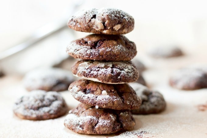 (ad) Paleo Sweet Beet Chocolate Crinkles are a fun twist on the classic holiday favorite! These healthier, grain free cookies have a delicious, crackly top and are full of dark chocolaty flavor with a hint of sweet earthy beets. | Recipes to Nourish