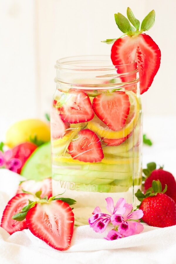· Strawberry lime and cucumber are one of my most favorite infused water recipes ever. It's so sweet and refreshing, and really tastes great when you're super thirsty. It's so sweet and refreshing, and really tastes great when you're super thirsty.5/5(3).